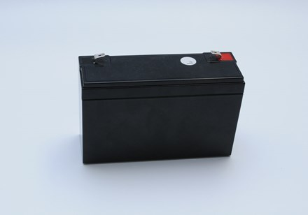 sierzega-accessories-banner-6-12-battery-backside.jpg