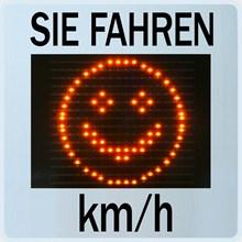 Geschwindigkeitsanzeige GR33L / CL mit Smiley