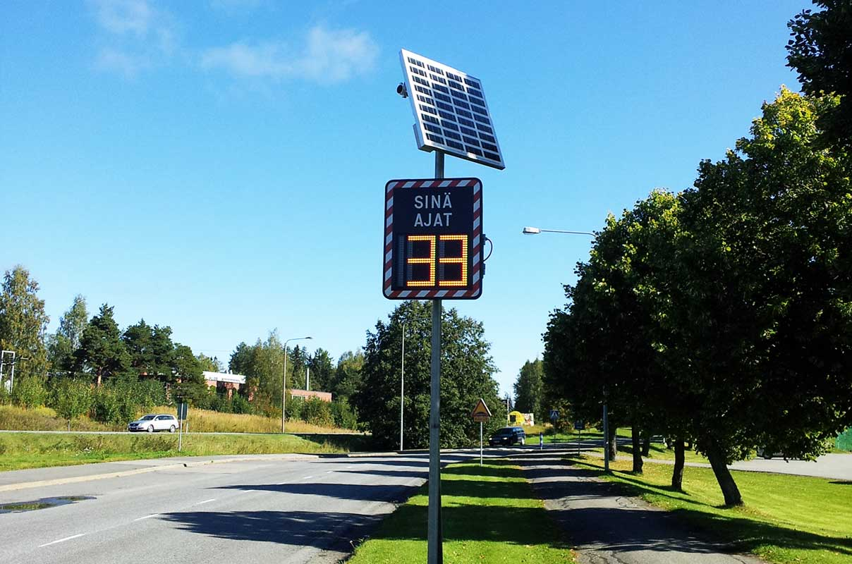 Sierzega GR32C Solar Speed Feedback Sign for Crosswalk Safety