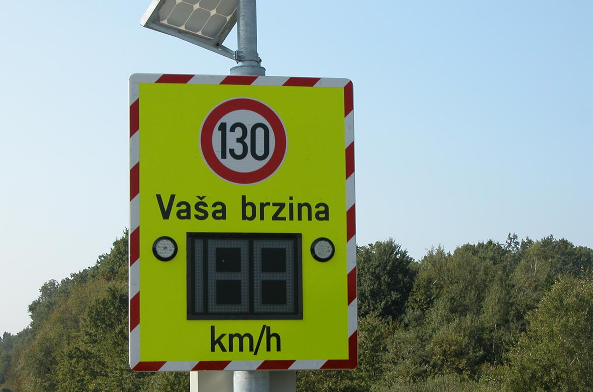 Sierzega GR32C Solar Radar Speed Control Display Custom Product Freeway Croatia